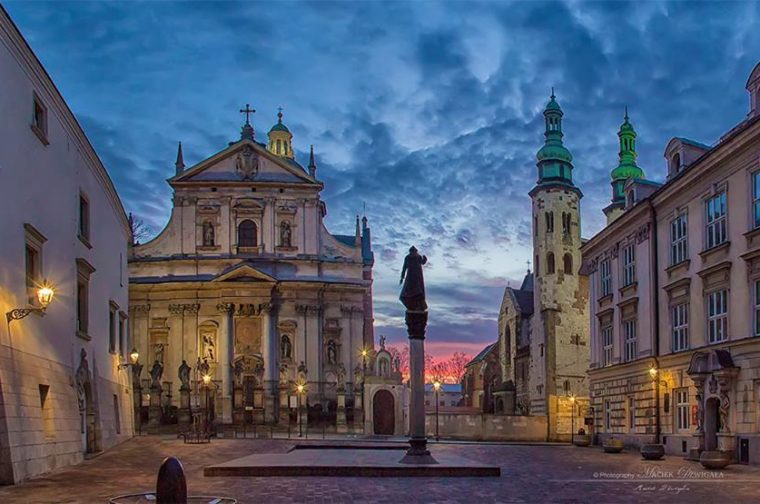 Plac-Marii-Magdaleny-i-kosciół-Piotra-i-Pawła-foto-Maciej-Dźwigała[1]